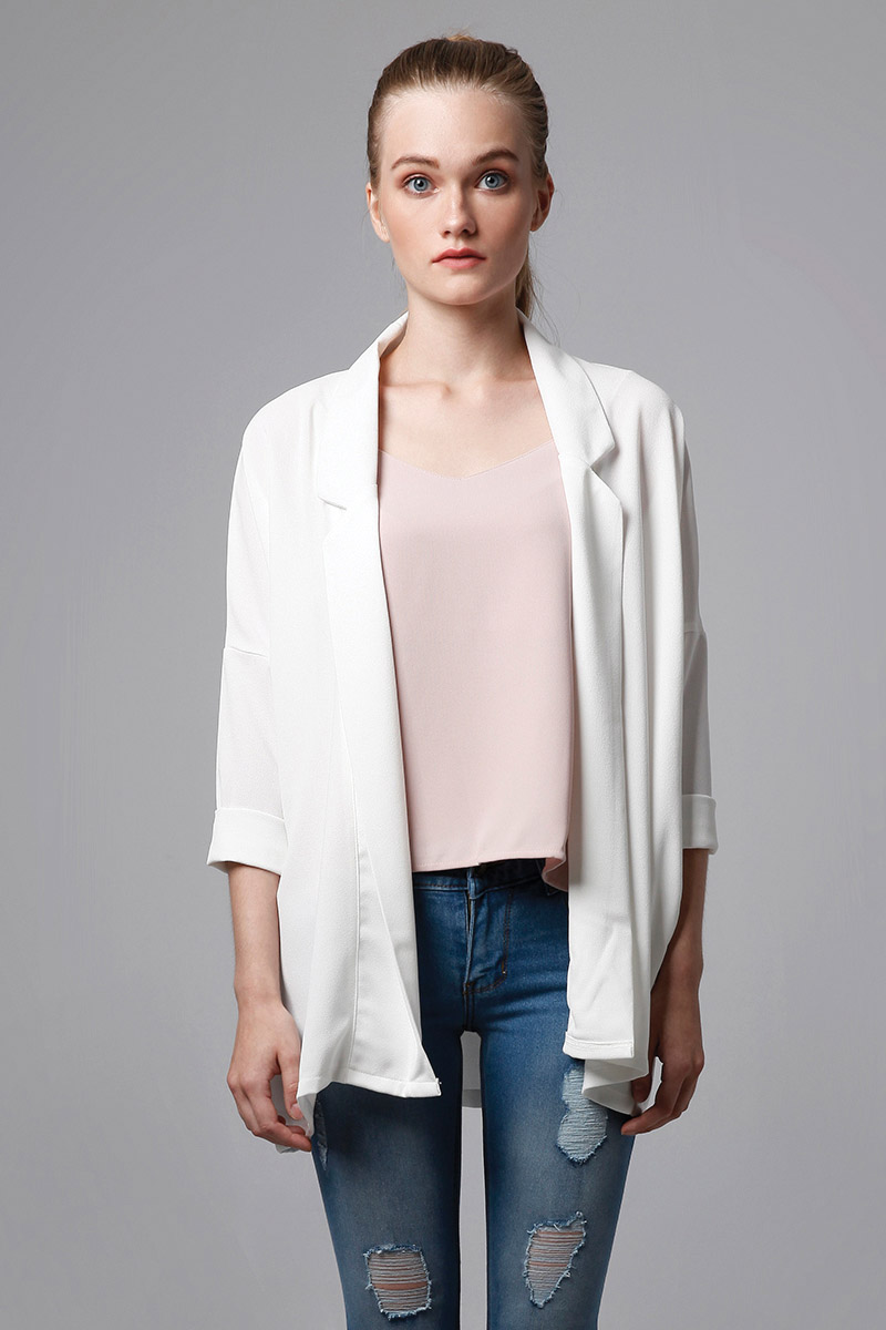 KAIA OUTER WHITE