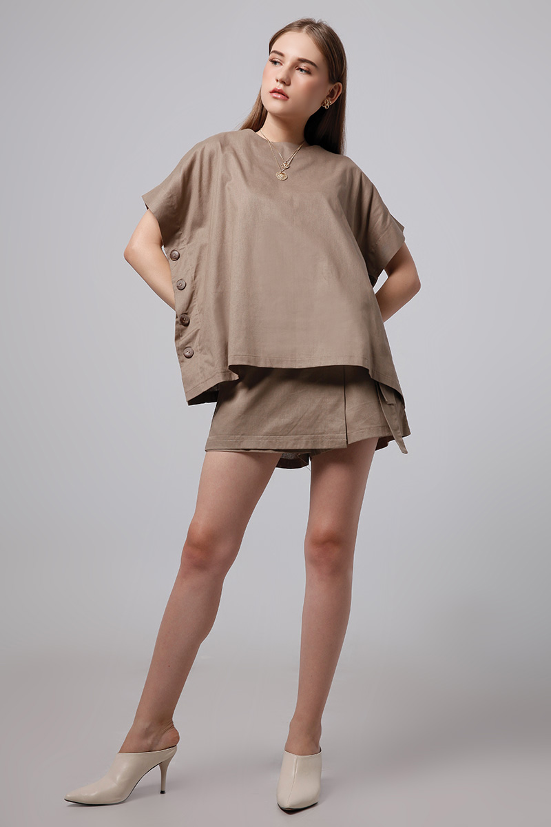 LIVIE LINEN TOP BROWN
