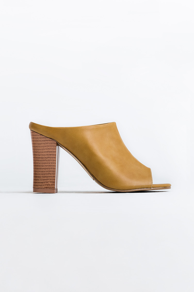 TAYLOR OPEN-TOE SHOES MUSTARD