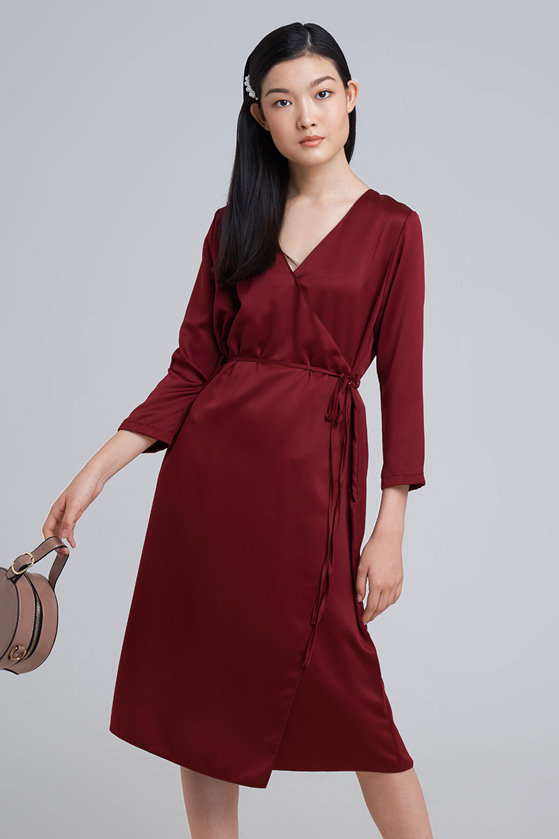 LUCY SATIN DRESS MAROON