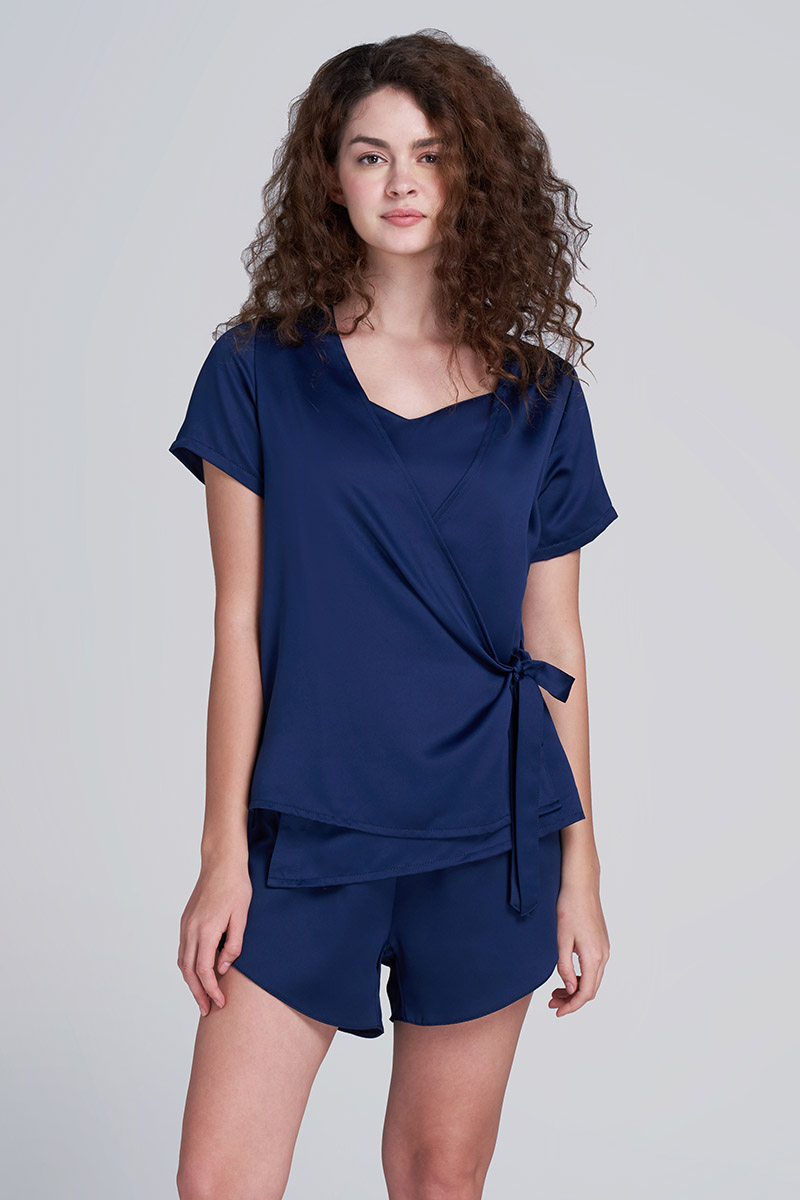 LAURIE SATIN TOP NAVY